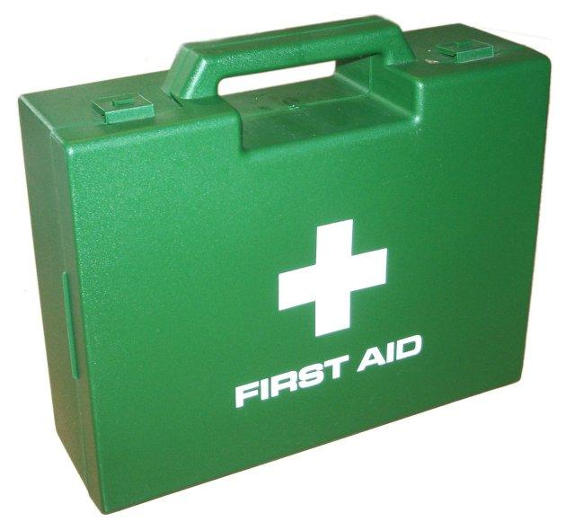 first-aid-box-1548706.jpg